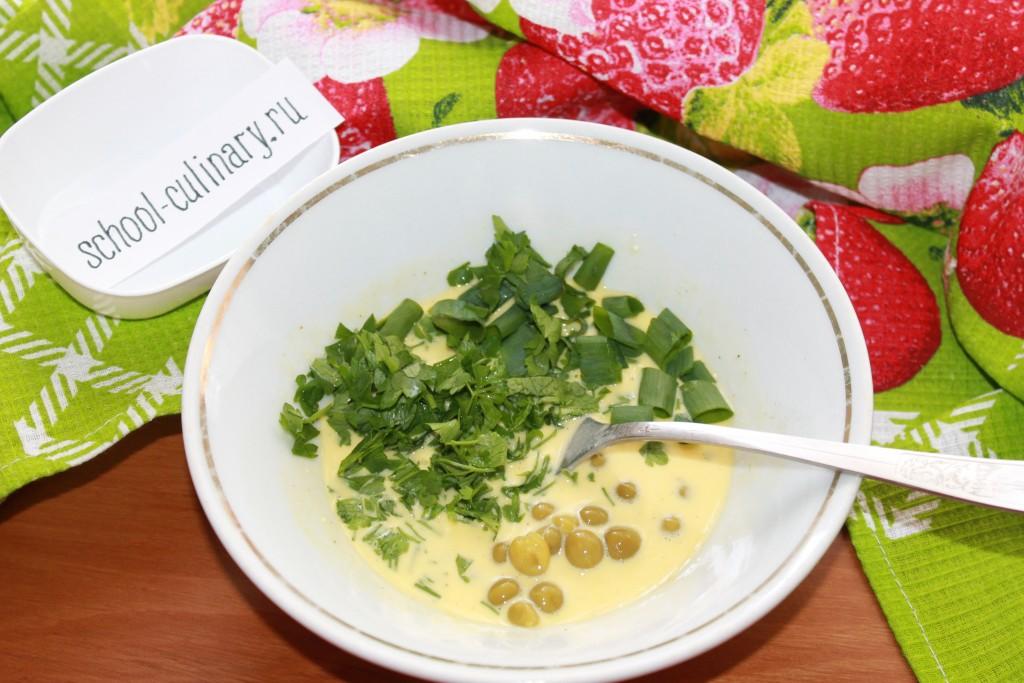 Омлет с горошком на сковороде - рецепт пошаговый с фото