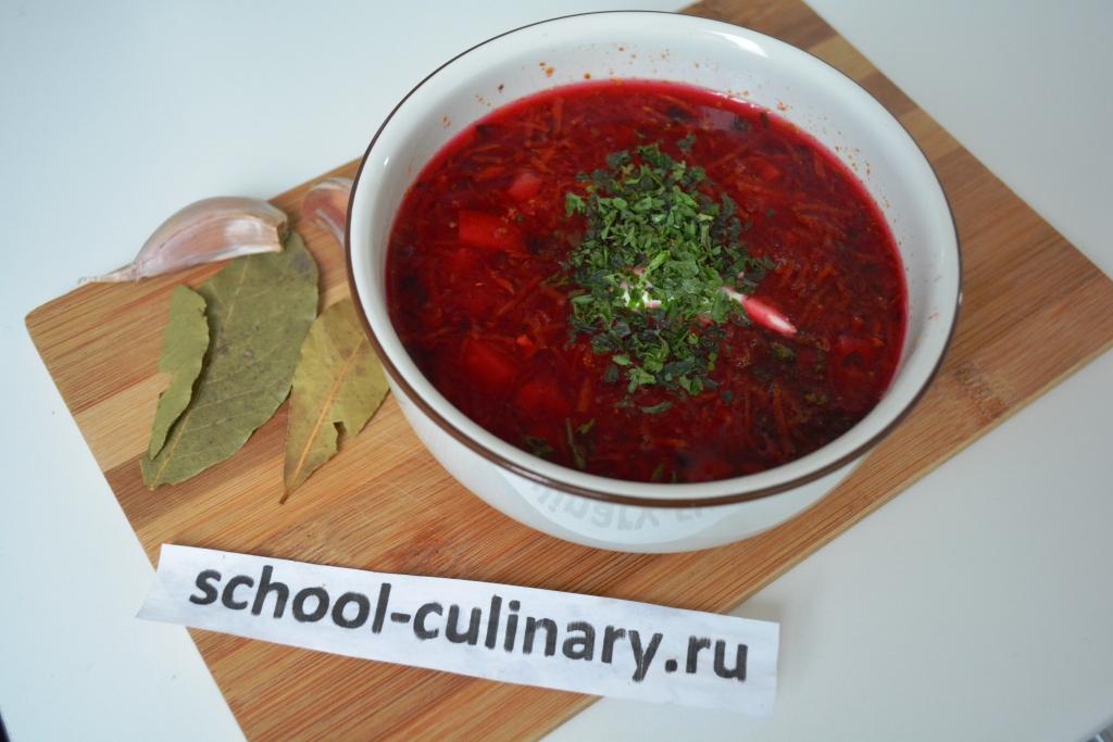 Свекольный суп с курицей