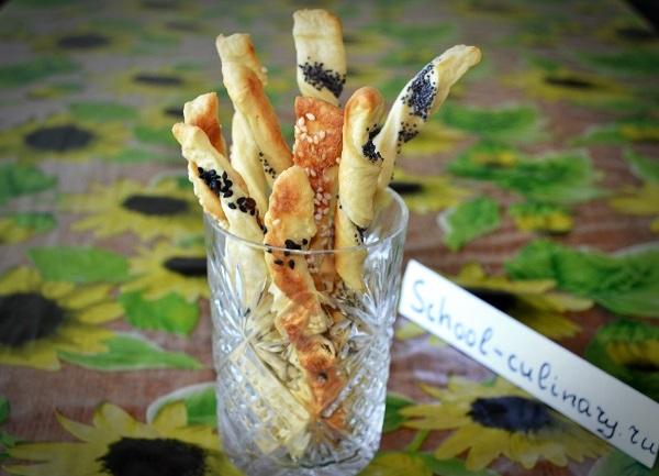 Закусочные палочки с маком, кунжутом и семенами льна