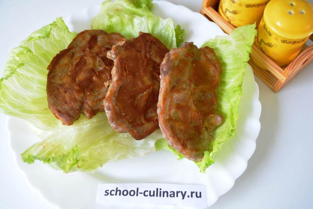 Свиной стейк с горчицей в духовке