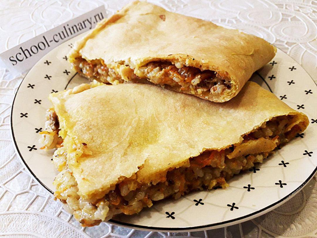 Пирог с консервированной сайрой и рисом