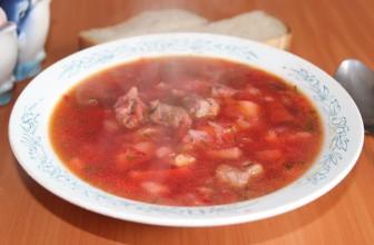 Рецепт простого борща со свининой с картофелем, морковью, луком, капустой и укропом