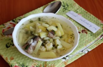 Готовим суп из консервированной рыбы (сайры) в масле