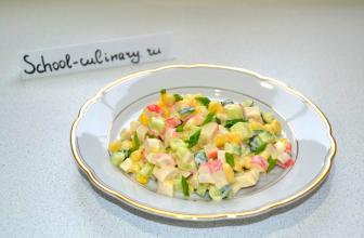 Быстрый салат Южный Бриз с крабовыми палочками