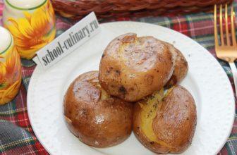 Картофель в мундире в духовке