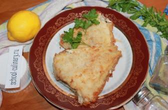 Жареная камбала на сковороде с лимоном и петрушкой