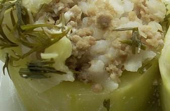 Кабачки, фаршированные фаршем и рисом